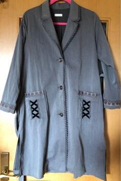 アクシーズファムの薄手のコート