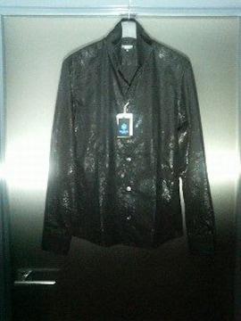 トルネードマート〓新品〓艶ブラックプリント柄長袖シャツ〓黒/M