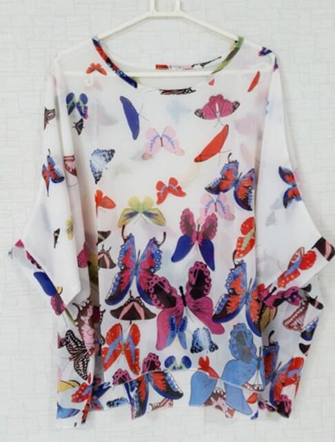 新品[7582]4L〜6L(大きいサイズ)白X蝶柄◎シフォンドルマン < 女性ファッションの