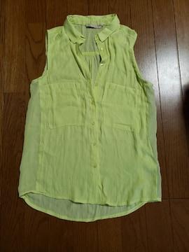 Bershkaノースリーブシャツ未使用イエロー