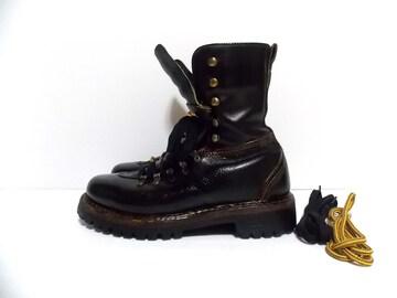★「Vintage Original Herman Survivor Vibram Sole Boots」★