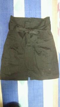 デザインお洒落な前あき巻きタイトスカート ブラック S