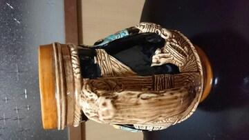 黒釉薬〜壺