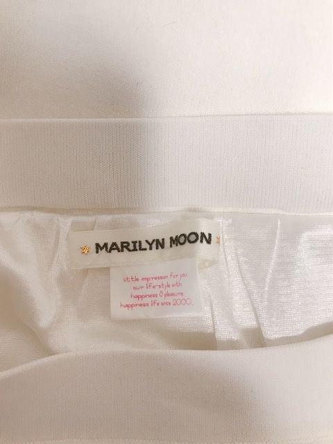 m�@MARILYN MOON ニット白 スカート < ブランドの