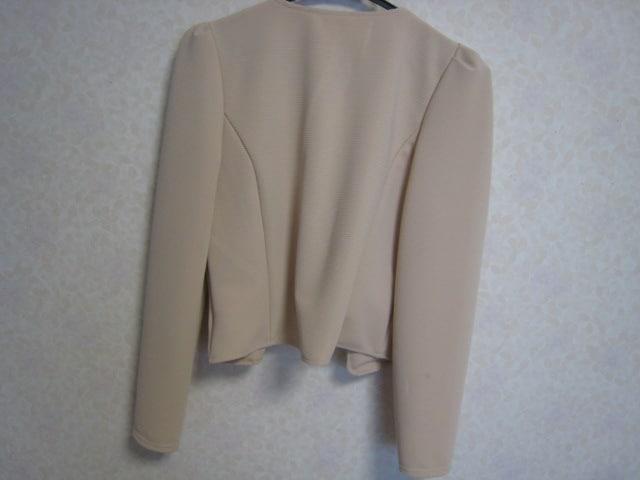 ドレスに♪パール付きボレロ/美品/ベージュ/羽織カーデ/ジャケット < 女性ファッションの