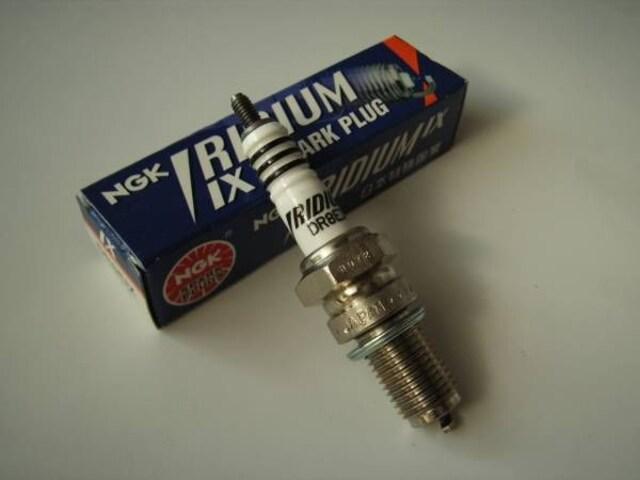 TW200 NGK イリジウムプラグ 新品 即決 TW250 < 自動車/バイク