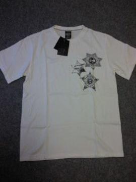 ナンバーナイン?バッジ風プリントTシャツ(^。^)