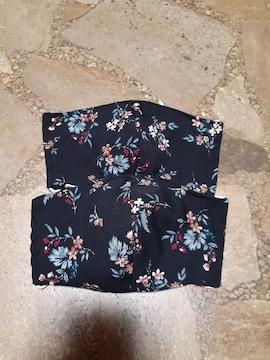 ハンドメイド・マスクカバー・黒×花柄・2枚セット