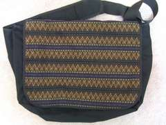 Shapel messenger bag メッセンジャー鞄 丸田結香