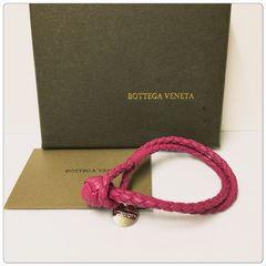 ☆未使用☆BOTTEGA VENETA 2連レザー ブレスレット / ピンク系