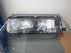 スカイラインDR30 鉄仮面 右側ヘッドライト