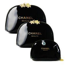 【CHANEL】エナメルポーチ 雪結晶チャーム付 3種セット Black
