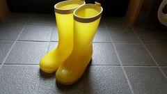 黄色い長靴 レインブーツ
