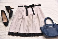 新品タグ付き■裾レースフレアスカート■Lサイズ