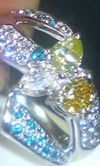 ☆Pt900☆天然カラーダイヤモンド約1ct豪華デザインリング