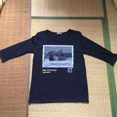 ロゴ&猫転写プリント五分袖Tシャツ。ネイビーLサイズ