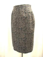 ★黒/ブラウン柄のスカートです
