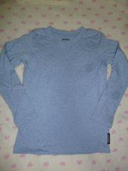 美品♪シンプル無地♪水色系長袖TシャツロンT♪130