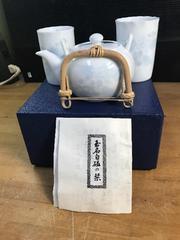 玉名白磁の湯呑み揃い。未使用。透き通るような阿蘇熊本の白磁