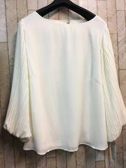 新品☆5Lサイズ袖プリーツの素敵ブラウス♪よそいき白☆n233