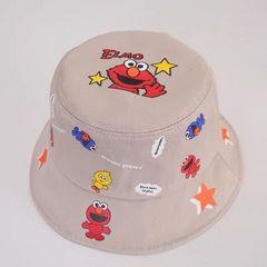 新品エルモ帽子。