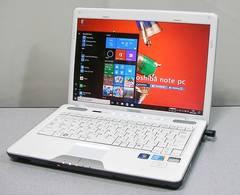 Win10搭載*Corei3/メモリ4GB/320GB/人気の東芝♪軽量ホワイト*美品