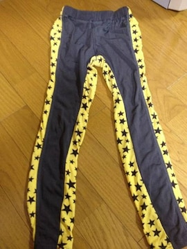 JUNKSTORE☆BOYSイエロー星レギンス☆130cm