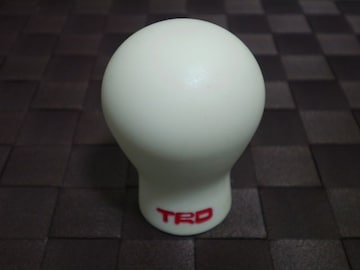 TRD トヨタ ジュラコン シフトノブ ホワイト