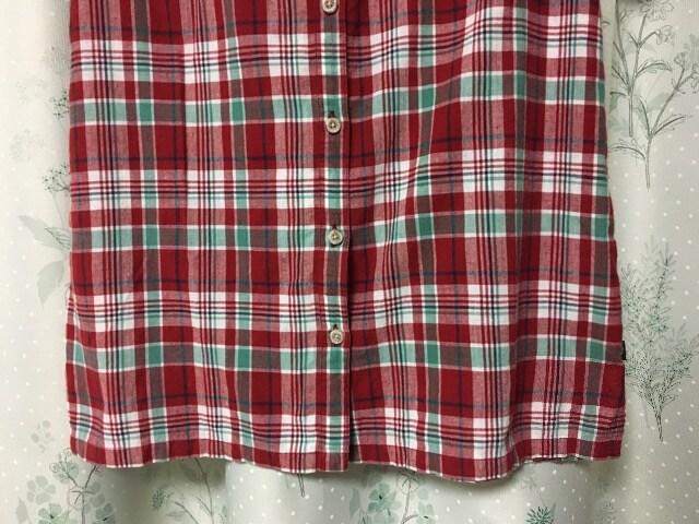 美品 赤色レッド 半袖マドラスチェックシャツ グラフチェック柄 < 女性ファッションの