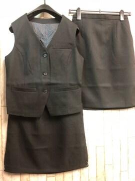 新品☆9号お仕事ベストスーツ同スカート2枚付き!黒☆n292