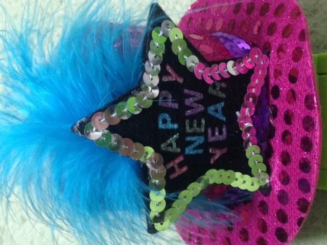 ヘアアクセ ピンク  < 女性ファッションの