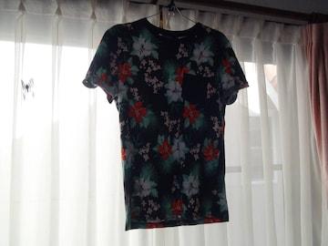 H&MのTシャツ(S) メンズ!。