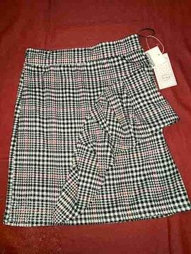 ♯新品♯前フリルデザインも可愛いスカート M