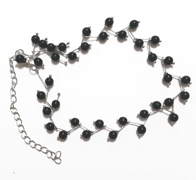 新品[7920]【黒】小枝曲パールが可愛いチョーカーネックレス < 女性アクセサリー/時計の