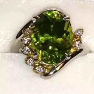 希少 大粒ペリドット 18金リング 八月誕生石 10号 指輪