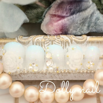みぢょ!チビ爪ベリショ結婚式ブライダル水色ホワイト2色グラデ3D薔薇ネイル