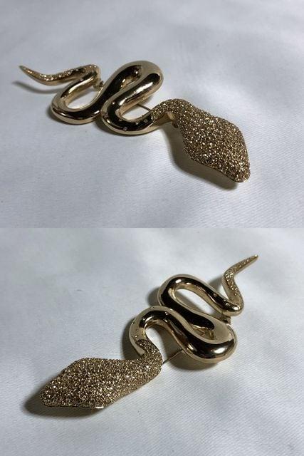 正規美 限定 ディオールDior ヴィンテージ スネークモチーフブローチ 金×ライトストーン 蛇 < ブランドの