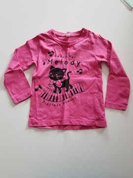 こいピンクにおんぷとネコ長袖Tシャツ100