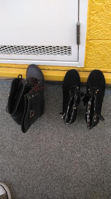 ブーツ  < ブランドの