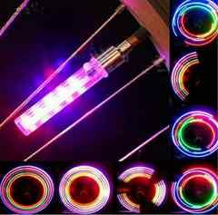 新品未使用レインボーパターンLED自転車灯2本&電池セット