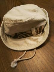48★コムサイズム 麻素材 紐付きベージュ キャップ ハット茶色