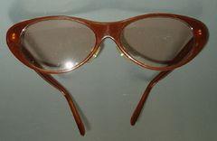 0048◆70'sファッショングラス◆フォックス型 飴色フレーム