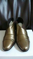 モードトキミ少し小さめ25EEEEE ブロンズ色のショートブーツ新品難あり