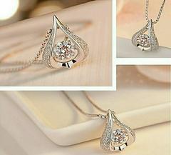 1円〜◆揺れる0.5CTdancing diamond pendant Top