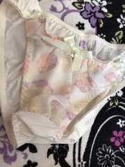 サイド編み上げ‥水彩柄のパンティ