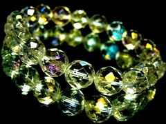 64面ダイヤカットレインボーオーラ水晶§10ミリ数珠