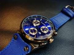 """Claudia""鮮やかな青のsportsデザイン腕時計ラバーベルト"