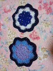 手編み三色ドイリー青系二枚組2