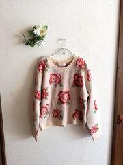 w closet wears inc.☆薔薇柄ニット
