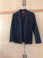 ミースクチュール 黒ジャケット
